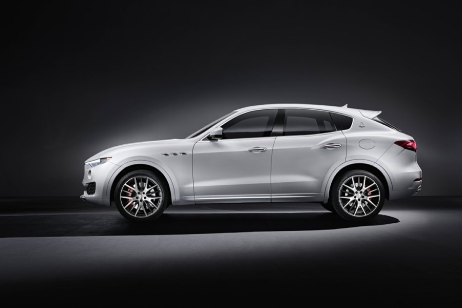 maserati-levante-2017-hi-res-official-geneva-3