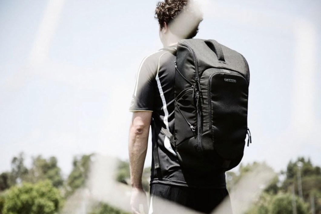 Incase Sport Field Bag