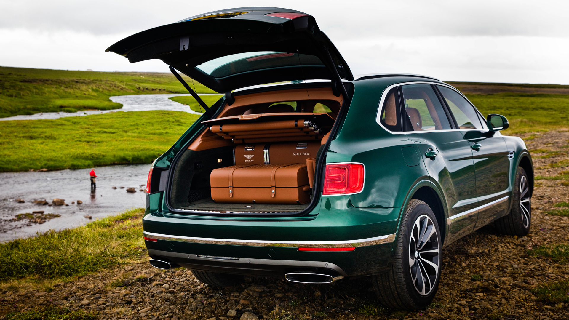 bentley-bentayga-fly-fishing-08-1