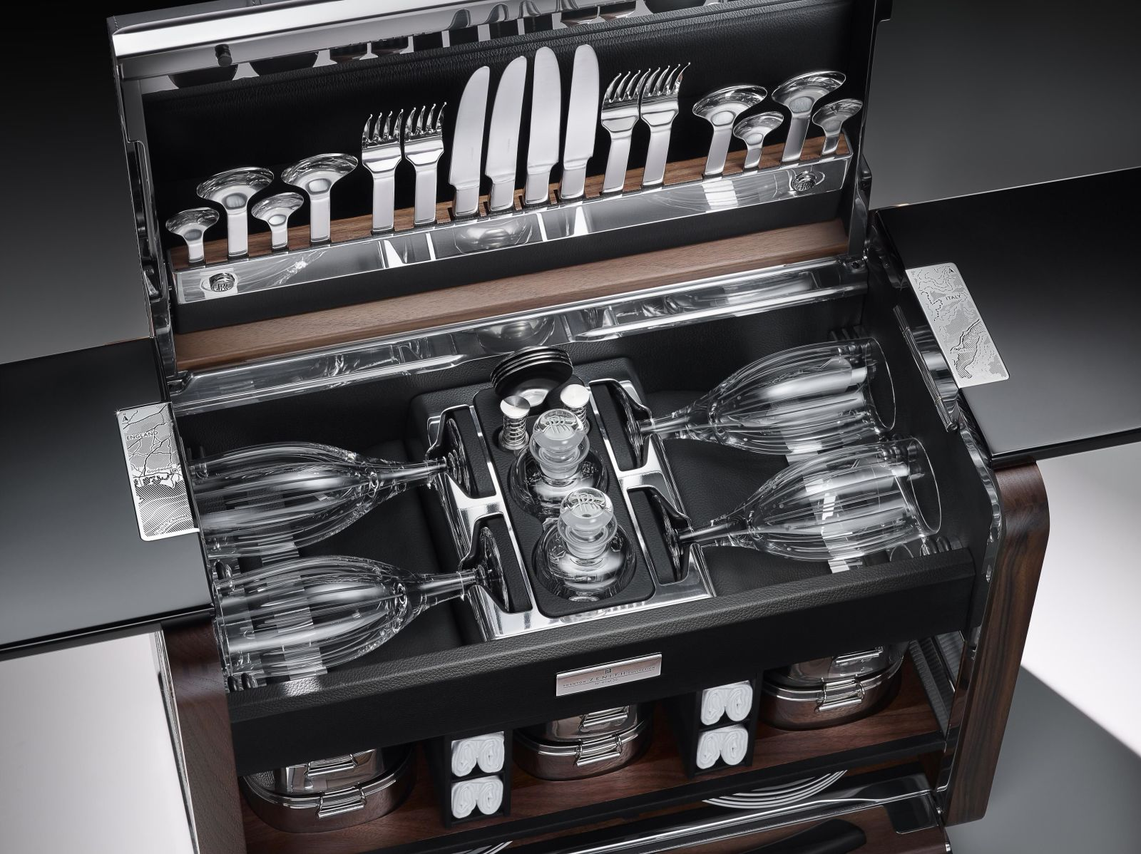 Rolls-Royce Phantom Picnic Hamper