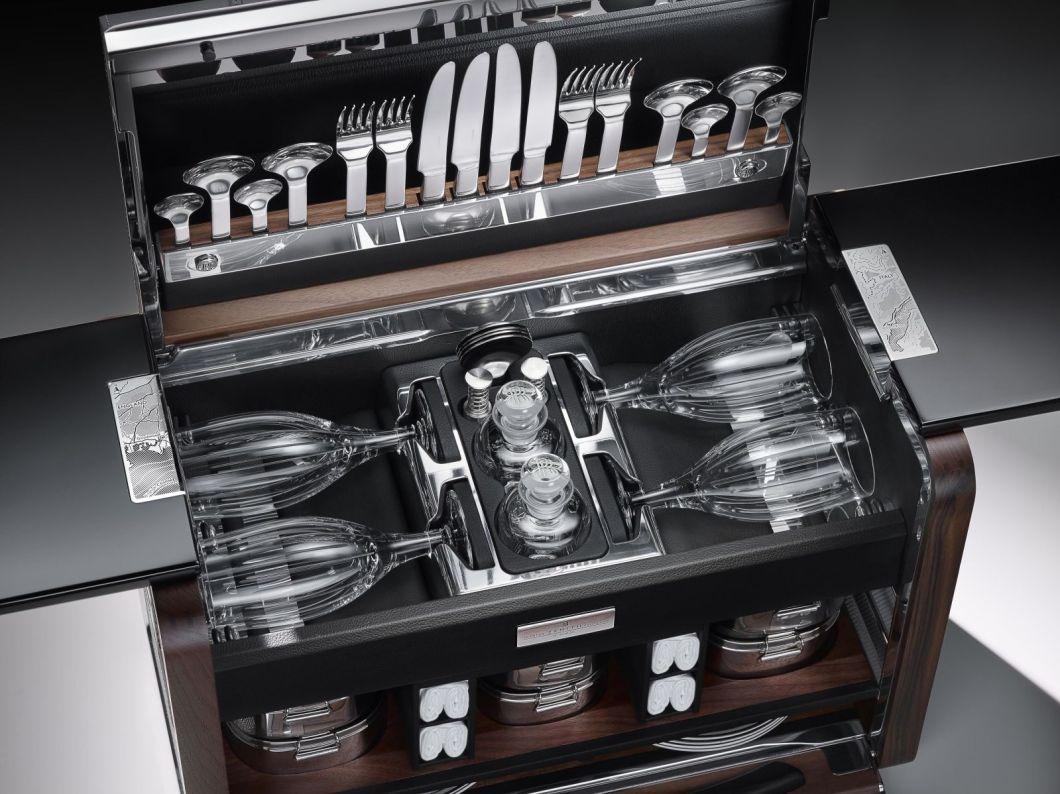 Rolls-Royce Phantom Picnic Hamper