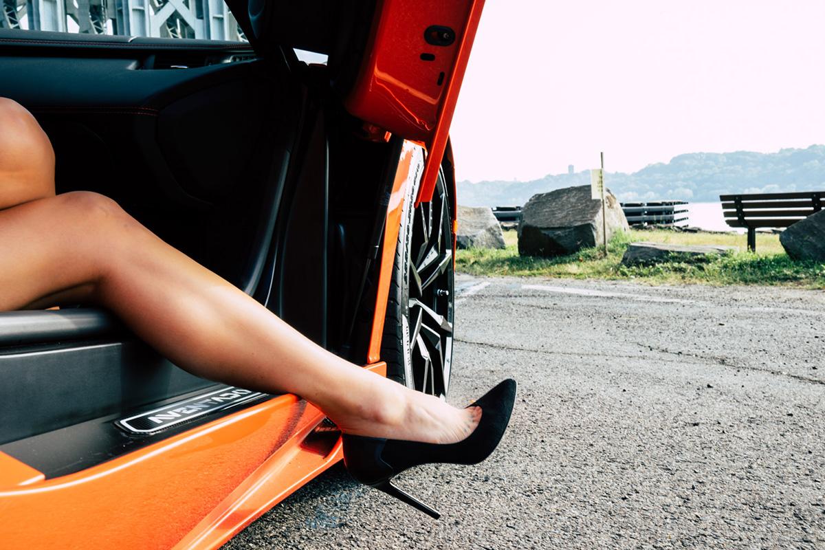 lamborghini-aventador-roadster-escape-nyfw-sam-tannehill-porhomme-10