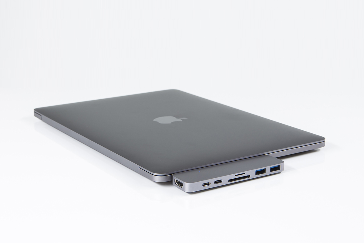 hyperdrive-hub-thunderbolt-3-usb-c-macbook-pro-3