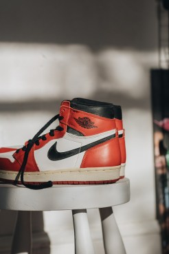 1994-chicago-air-jordan-1-retro-re-release-sneaker-ebay-5