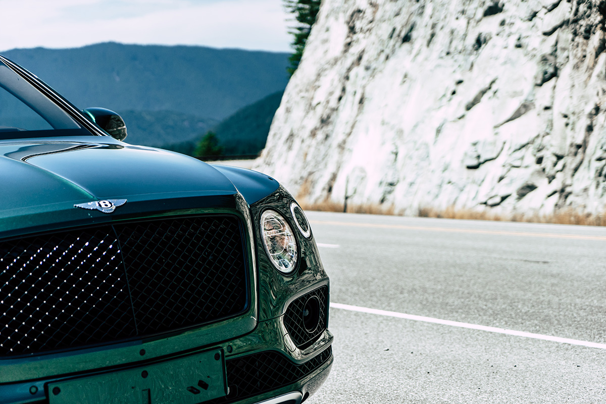 The 2019 Bentley Bentayga V8 Doesn't Sacrifice Ultra-Luxury, It Makes It More Accessible