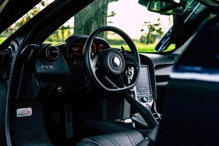mclaren-720s-drivers-supercar-porhomme-review-3