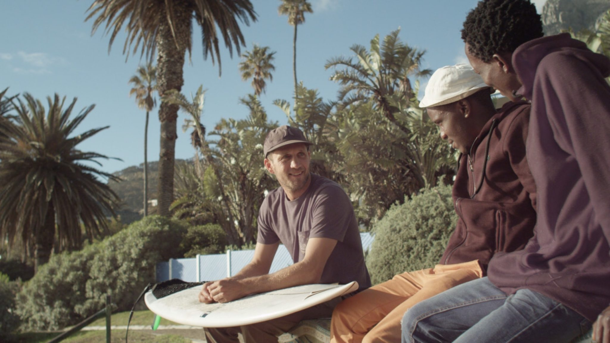 Unlikely friendship blossoms between marine activist and Johannesburg street surfers