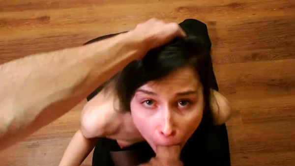 [Pornhub] laruna_mave – Submissive Girl Has Her Face Abused Like A Fucktoy [720p]