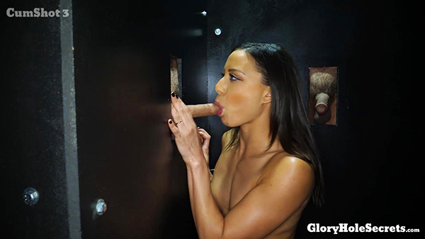 [GloryHoleSecrets] Cassie Del Isla – Cassie's First Gloryhole Video [1080p 60FPS]