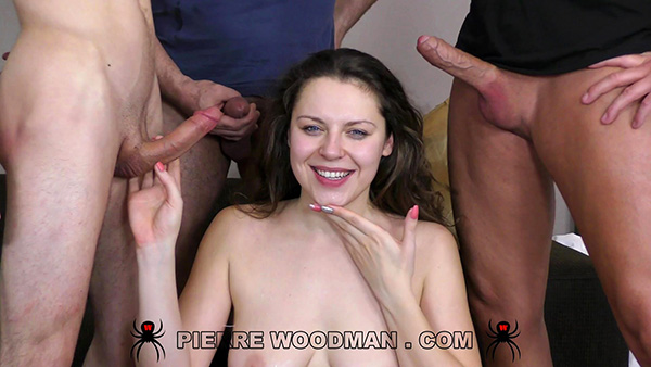 [WoodmanCastingX] Sofia Curly – Hard [1080p]