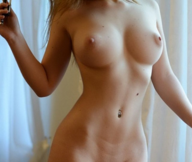 Cute Naked Blonde