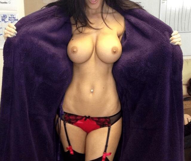 Super Fit Body And Big Teen Tits