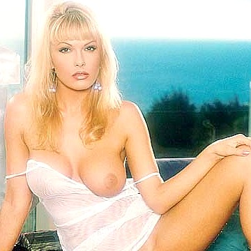 Anita Rinaldi Penthouse Pet of the month March 1998