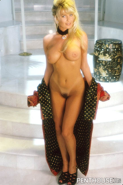 Dakotah Summers posing nude for the July 1994 issue of Penthouse