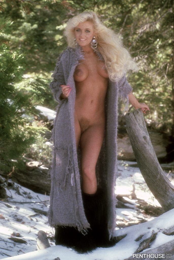 Ginger Miller posing nude for the September 1986 issue of Penthouse