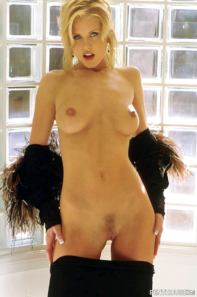 Melissa Ludwig posing nude for the July 1999 issue of Penthouse