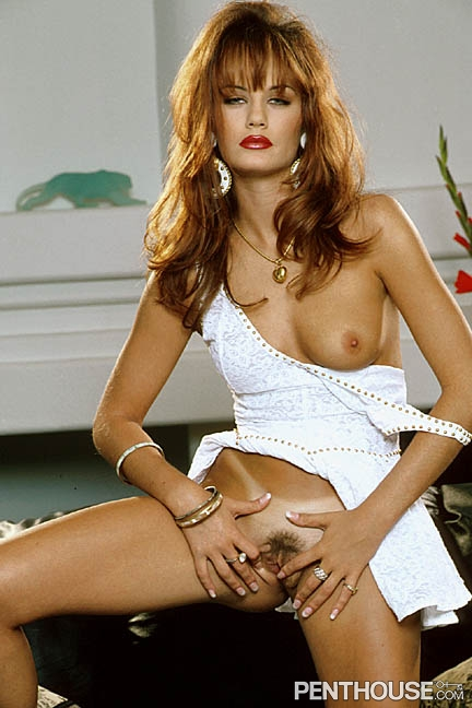 Samantha Michaels posing nude for the November 1996 issue of Penthouse