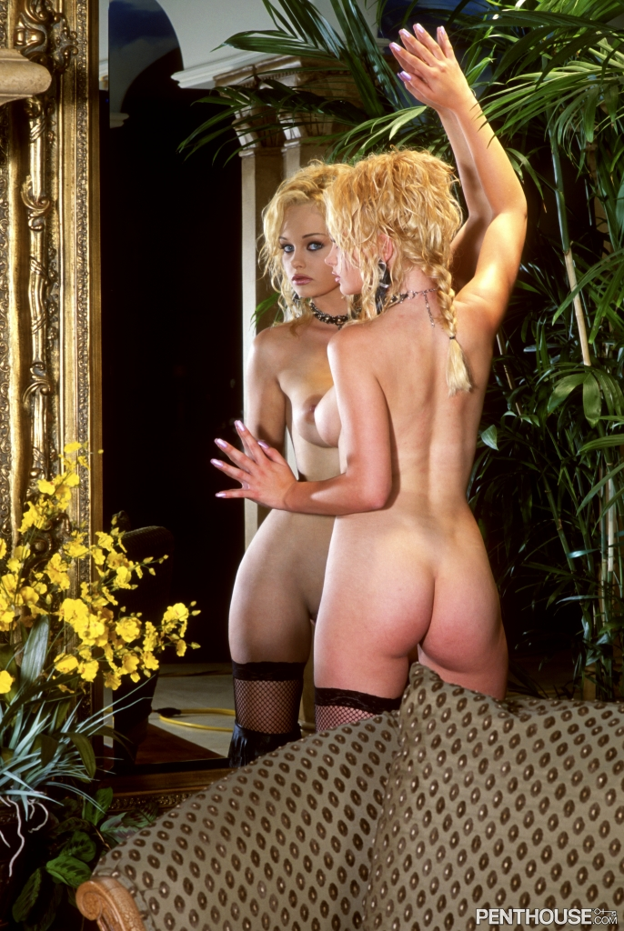 Martina Warren nude in her January 2003 Penthouse Pet Of The Month photo spread 007