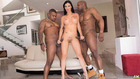 Jasmine Jae (Gets Split Open By Prince & Ricco In An Interracial DP! / 07.18.2017)