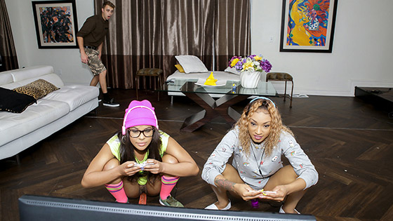 Young Black Vixens Ride The Joystick with Sizi Sev, Zoey Reyes