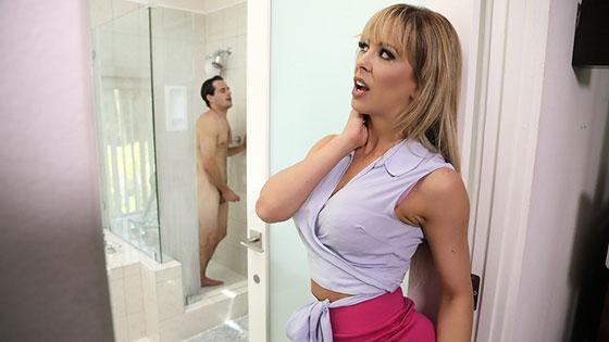 Sneaking Around With Her BFfs Son with Cherie Deville