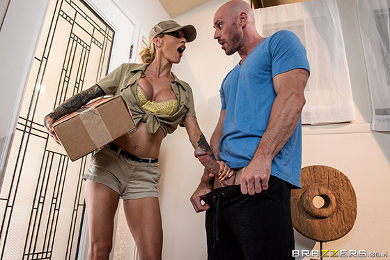 Shipped And Stripped with Sarah Jessie
