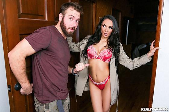 Kinky Sofi with Sofi Ryan