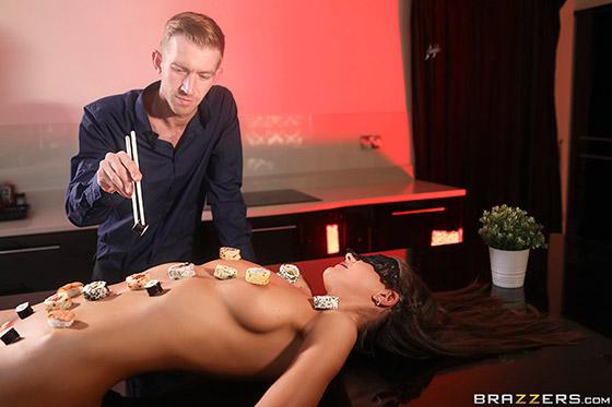 Do Me After Body Sushi with Tina Kay