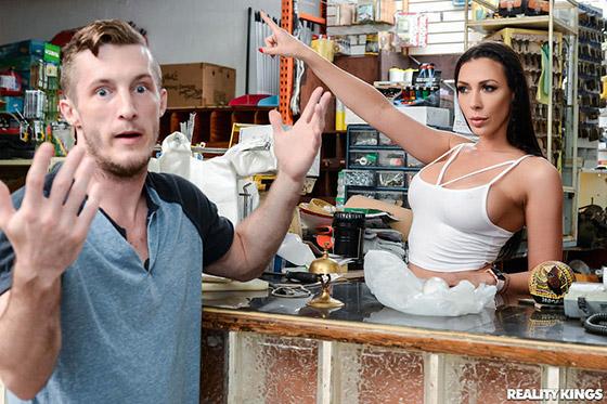 Customer Satisfaction with Rachel Starr