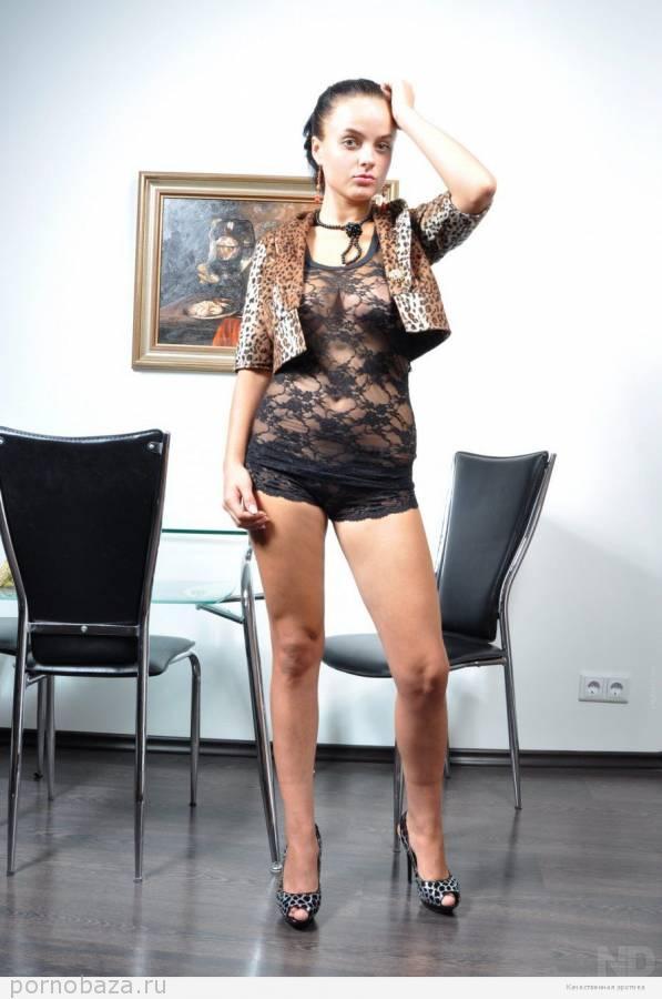 Фото русских молодых девушек в нижнем белье и без ...