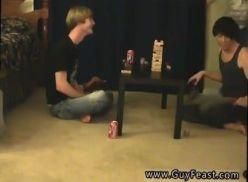 Video amador da brincadeira do desafio.