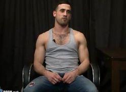 Gay sarado passou na entrevista e deu gostoso.