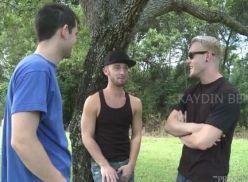 Suruba gay com quatro amigos.
