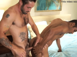 Moreno gay dando gostoso