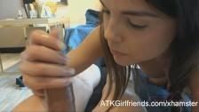 video relacionado Increible Video Porno de jovencita pajeando por primera vez