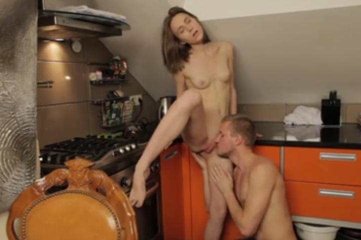 video relacionado Yesenia Rock es una novia muy caliente