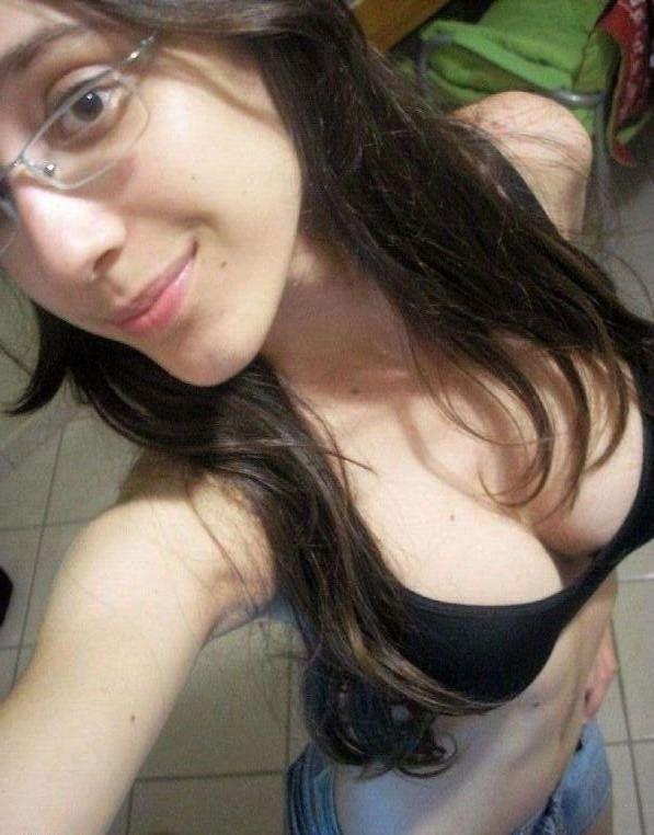 fotos-porno-de-una-flaquita-sexy-xxx-7