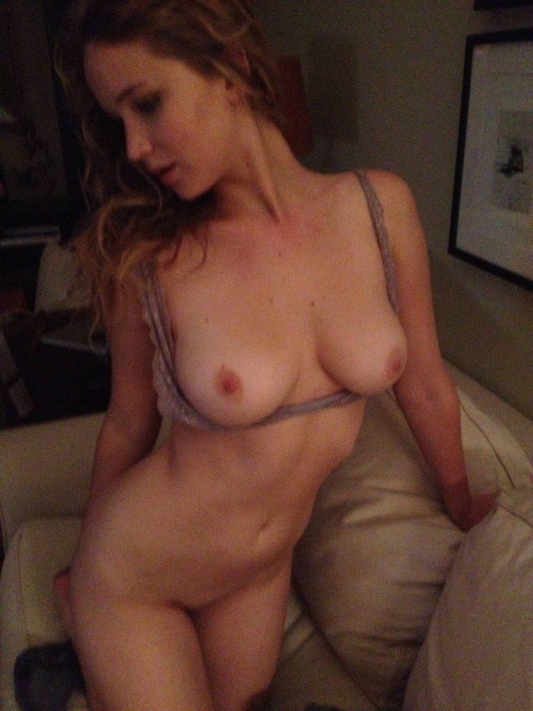 Jennifer Lawrence desnuda en fotos xxx