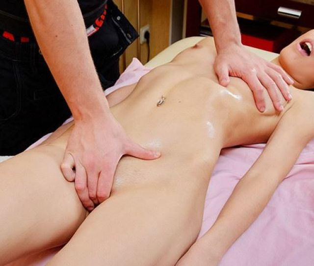 Cover  Super Hot Pussy Massage Movie Hd Mp