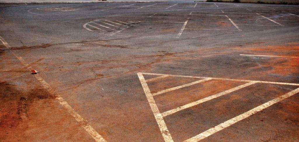 12-estacionamentos