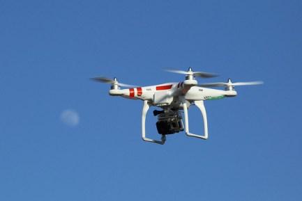cuando-tiempo-dura-un-dron