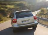 Classic Silver Porsche Cayenne Turbo S 2009 1600x1200 wallpaper Rear view