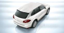 Sand White Porsche Cayenne S Hybrid 2011 3000x1560 wallpaper Top angle view