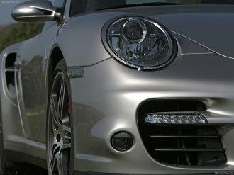 2007 Silver Porsche 911 Turbo Wallpaper Front angle corner view