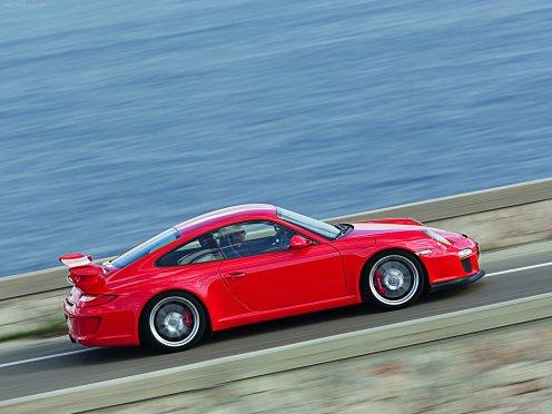 2010 Red Porsche 911 GT3 Wallpaper Side view