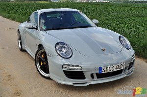 Porsche 911 Sport Classic 2011 Front angle view