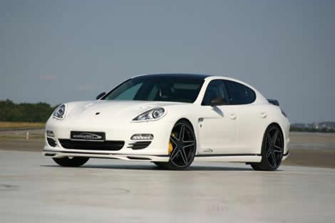 Porsche Panamera Diesel - Front angle side view