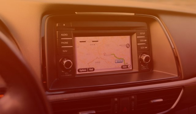 GPS Devices and Accessories Buying Guide for Your Porsche