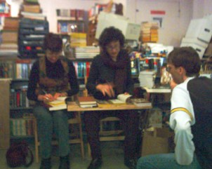 Delia and Ellen signing copies of The Fall of the Kings