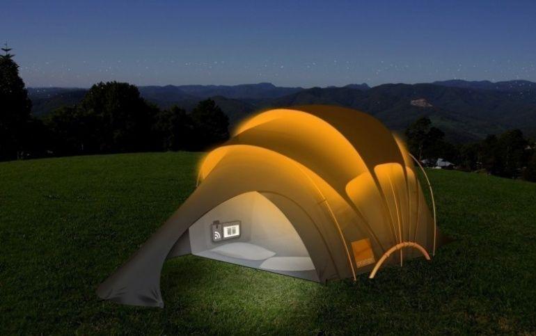 Crean carpa inteligente y ecológica que provee luz, calefacción, electricidad e internet